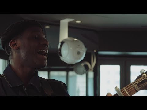 Leon Bridges - Beyond