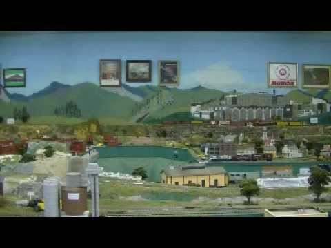 The Best Way Ever To Clean Model Railroad Track - YouTube