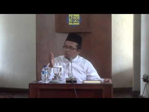 UST. DR. MUCHLIS M. HANAFI, MA. DI MASJID BAYT AL-QUR'AN TMII