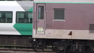令和初の梅雨入りとなった6月、廃車置場のマニ50(ゆうマニ)の側面が見える様になった、長野総合車両センター。