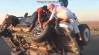 arab gila atraksi arab gila di mobil yang kenceng