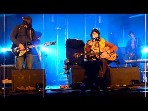 Gruff Rhys and Y Niwl - Skylon at Truck Festival 2011