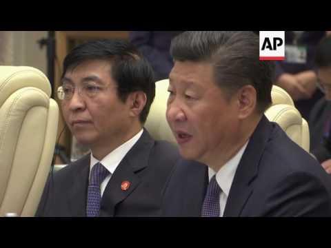 Xi meets Kazakhstan's Nazarbayev