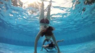 Sus & Chlo on the Go(Pro)- Underwater fun!