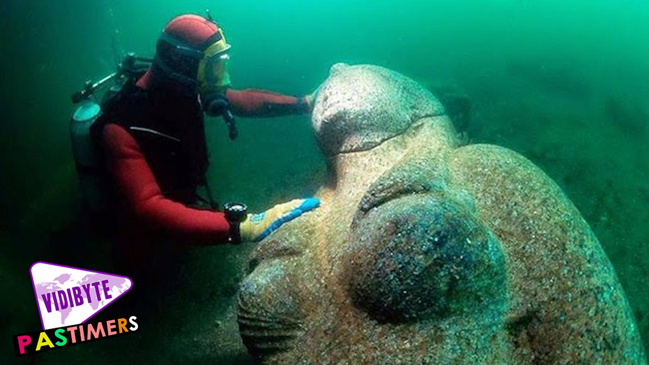 Weirdest Things Ever Found At The Bottom Of The Ocean - 23 amazing things divers discovered bottom ocean