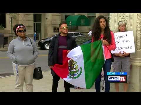 WUPW (Fox Toledo): Toledoans Rally Outside Sen. Portman's Office in Support of DACA
