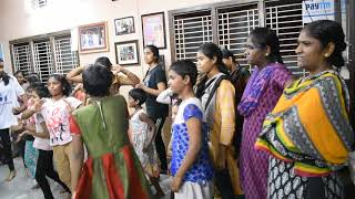 "Seruds Kids' group dance on ""Gunna Gunna Mamidi"" telugu song - 5"