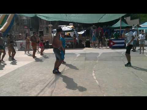 Rumba battle: Guagunco vs Columbia. Salsa on the beach 2016