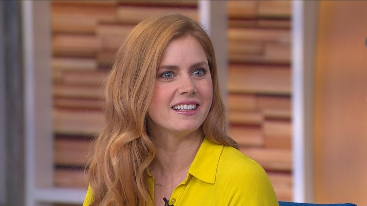 Arrival | Amy Adams Interview - YouTube