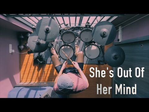 Aaron Seah - She's Out Of Her Mind - Blink-182 (Drum Cover)