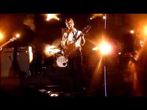 Arctic Monkeys - Happy Birthday + Do I Wanna Know? [Live at Club 69, Antwerp - 10-09-2013]