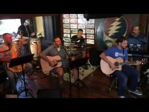 Monkey & The Engineer - Acoustic - Suggesting Rhythm