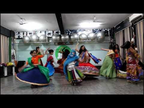 Chogada Tara Song - Loveratri | Darshan Raval & Asees Kaur