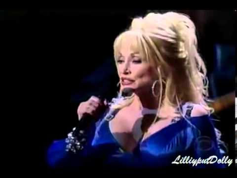Dolly Parton  Norah Jones - The Grass Is Blue @ The CMAs