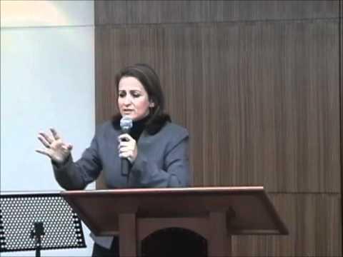 Testemunho de Conversão da Psicóloga Elizabeth Pimentel