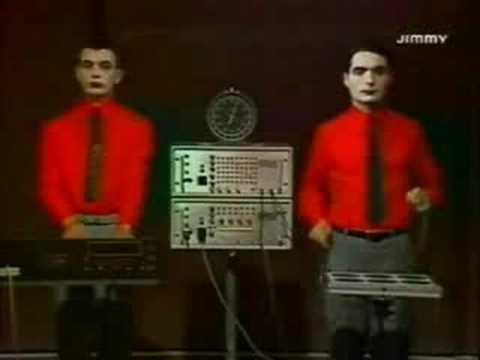 Kraftwerk - The Robots - Radioactivity - 1978 French TV ...Kraftwerk The Robots