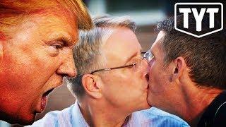 Trump-Triggering Ad Airs On Fox thumbnail