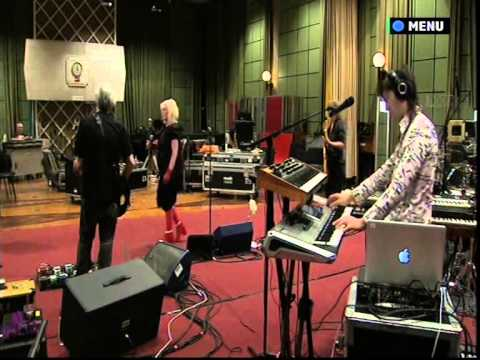 Blondie LIVE at the BBC Maida Vale Studios.
