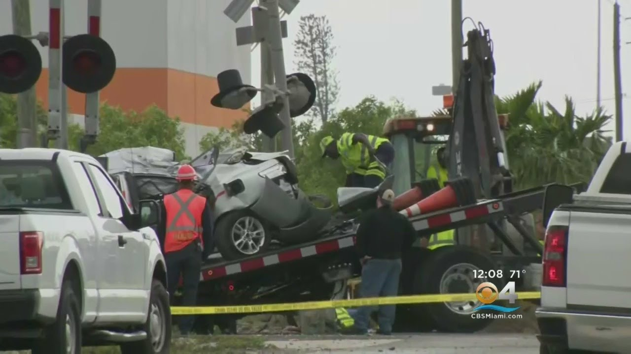 Pompano Beach Students Cope With Loss Of Classmates Killed In Crash