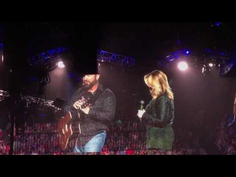Garth Brooks & Trisha Give Special Gift to Cancer Fighter in Memphis!