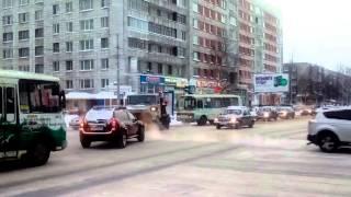 КДМ ЗиЛ. Обработка дороги пескосолью. Архангельск