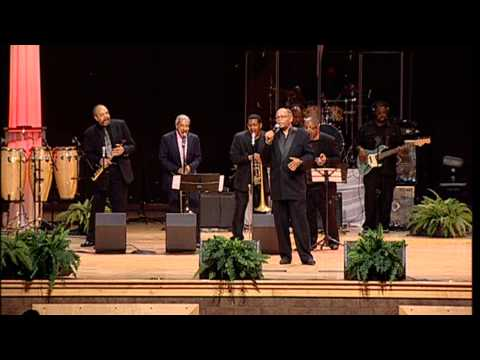 Otis Clay Part 1 - The 2014 World's Greatest Mother's Day Gospel Bowl