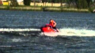 аквабайк на озере(Голубые озера г.Калининград., 2011-01-17T00:54:37.000Z)