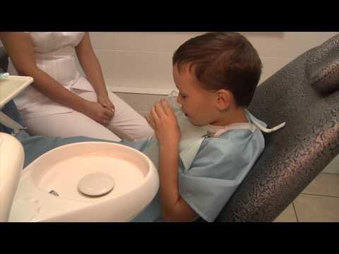 Чем занимается врач-ортодонт?