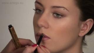 Как увеличить объем губ (1). Уроки макияжа с Жанной.