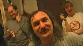 Рок группа КРЕМАТОРИЙ в документальном сериале Откройте, милиция! В Манский  2001 Художник и его уча