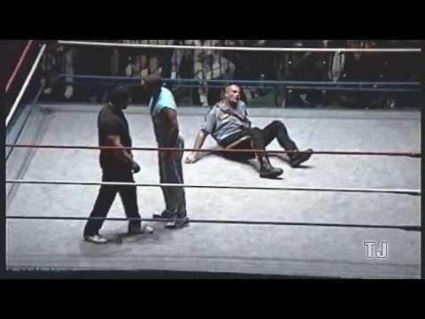 Dino Bravo Face Turn   Montréal Forum 1991