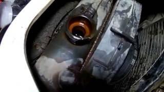Промываем систему охлаждения Кока Колой и лимонной кислотой на Тойота Дюна  3L 1996 года Toyota Dyna
