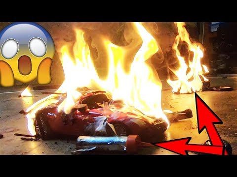 BOOM! RC Car Robot Wars - FIRE - EXPLOSION - GAS - FIREWORKS