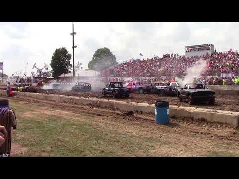 Dodge County Beaver Dam Demo Derby 08/19/2018 Event 1 Small truck van SUV Heat