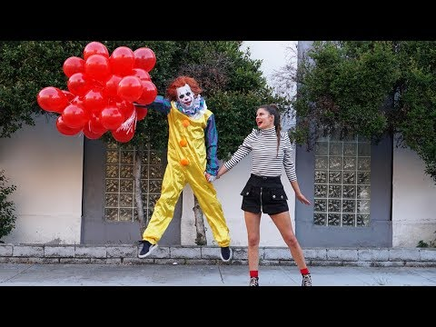 What Scares the IT Clown? (IT Chapter Two) | Hannah Stocking