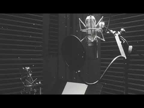 Positions-Ariana Grande but you're the producer in the recording studio 🎧