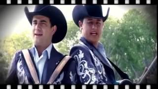 Vole Muy Alto - Los Huracanes Del Norte (Video Oficial) thumbnail