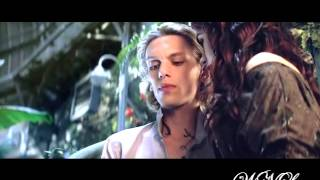 Clary and Jace Kiss ♥