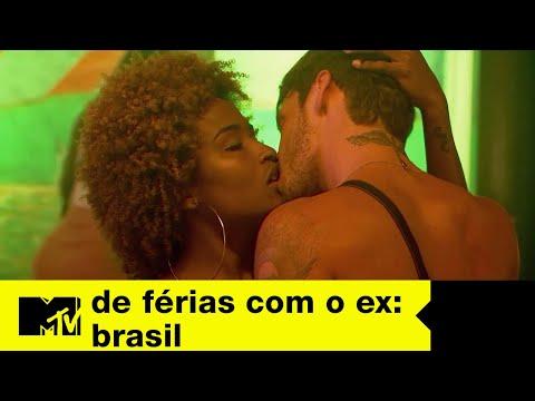 Galera curte baguncinha na balada  De Férias com o ex Brasil Ep 04