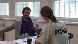 OTECKOVIA - Alex je podozrivý z únosu!