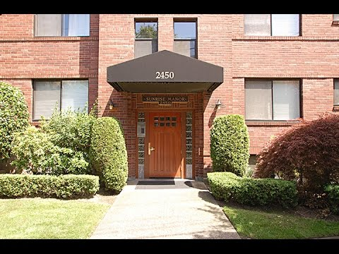 Sunrise Manor Condo on Queen Anne | JanusGroup at RE/MAX Integrity | Real Estate Sales + Marketing