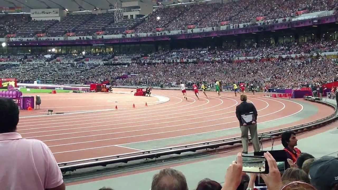 Usain Bolt 200m semi-finals Olympics London 2012 - YouTube