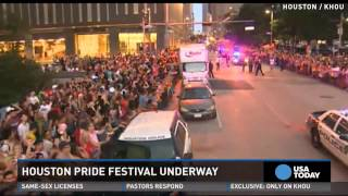 Thousands pack Houston streets for pride parade