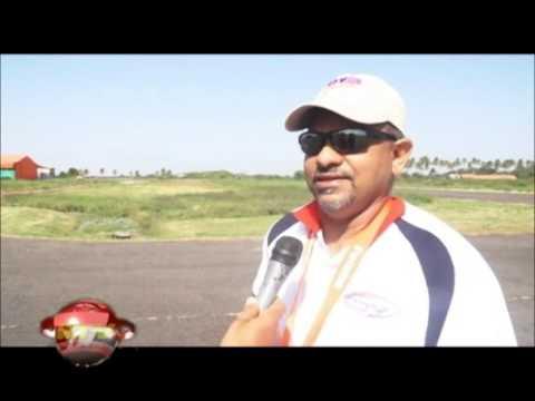04 april 2015 De stichting ter bevordering van de luchtsport in Suriname geeft  tijdens de paasdagen