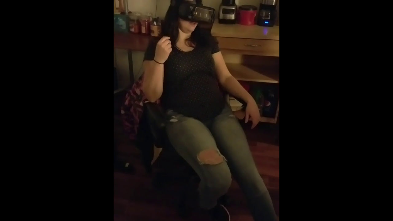 360 Porn Demo drunk chick watches vr porn! commentary hilarious! - youtube