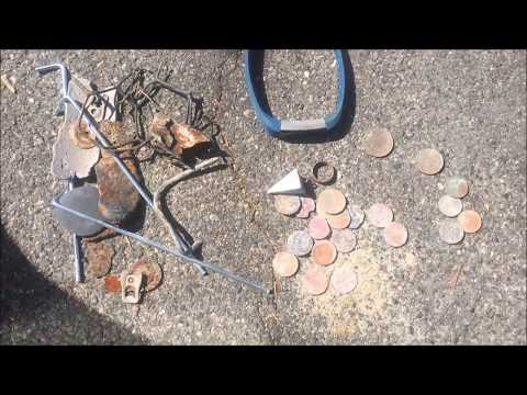 METAL DETECTING SOUTHERN CALIFORNIA BEACHES