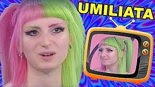 Lilly Meraviglia UMILIATA in Televisione
