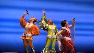 MAMMA MIA! Broadway: Montage