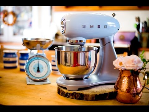 Bunty Living Presents... Baking With Smeg
