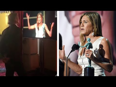 Katie Sommers Radio Network - Candid Pics Of Brad Pitt & Jennifer Aniston Reuniting At Sag Awards